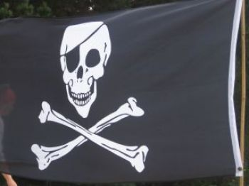09 Watersports-pirate-flag